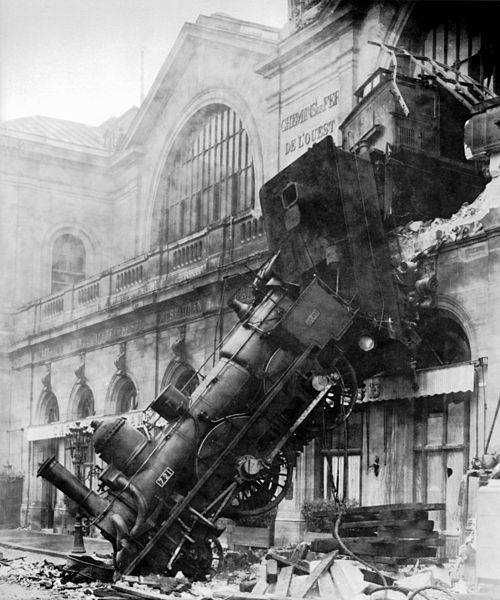 files/images/500px-Train_wreck_at_Montparnasse_1895.jpg