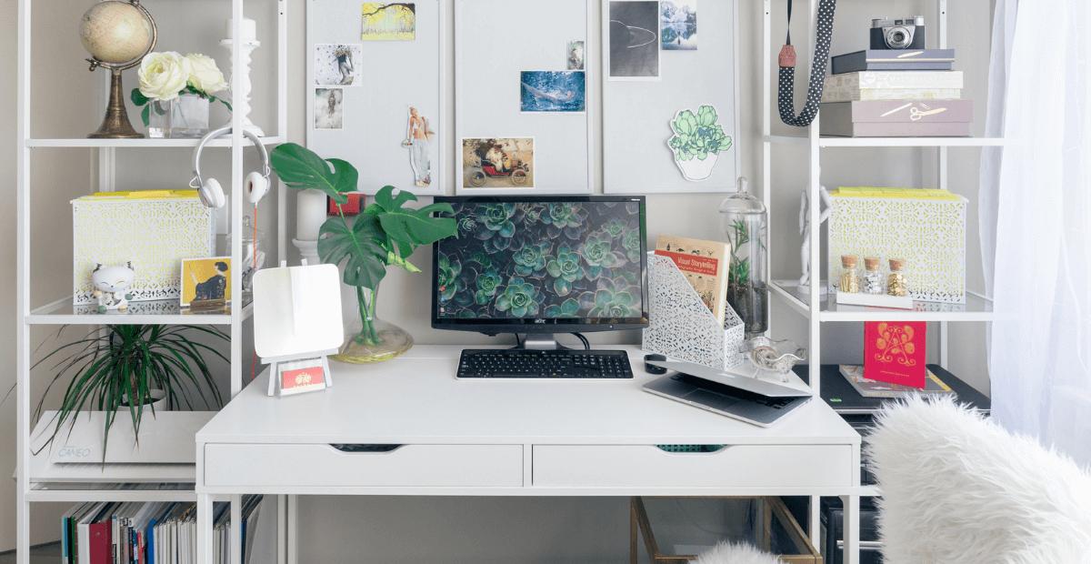 files/images/How-to-Study-Online-Courses-Desk-Setup-Image-by-slava-keyzman.png