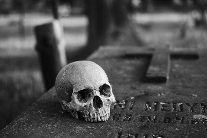 files/images/grave-800x534.jpg