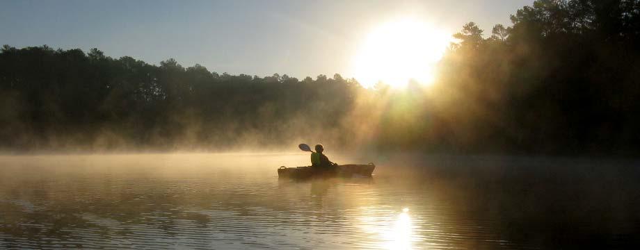 files/images/kayaking_at_sunrise.jpg