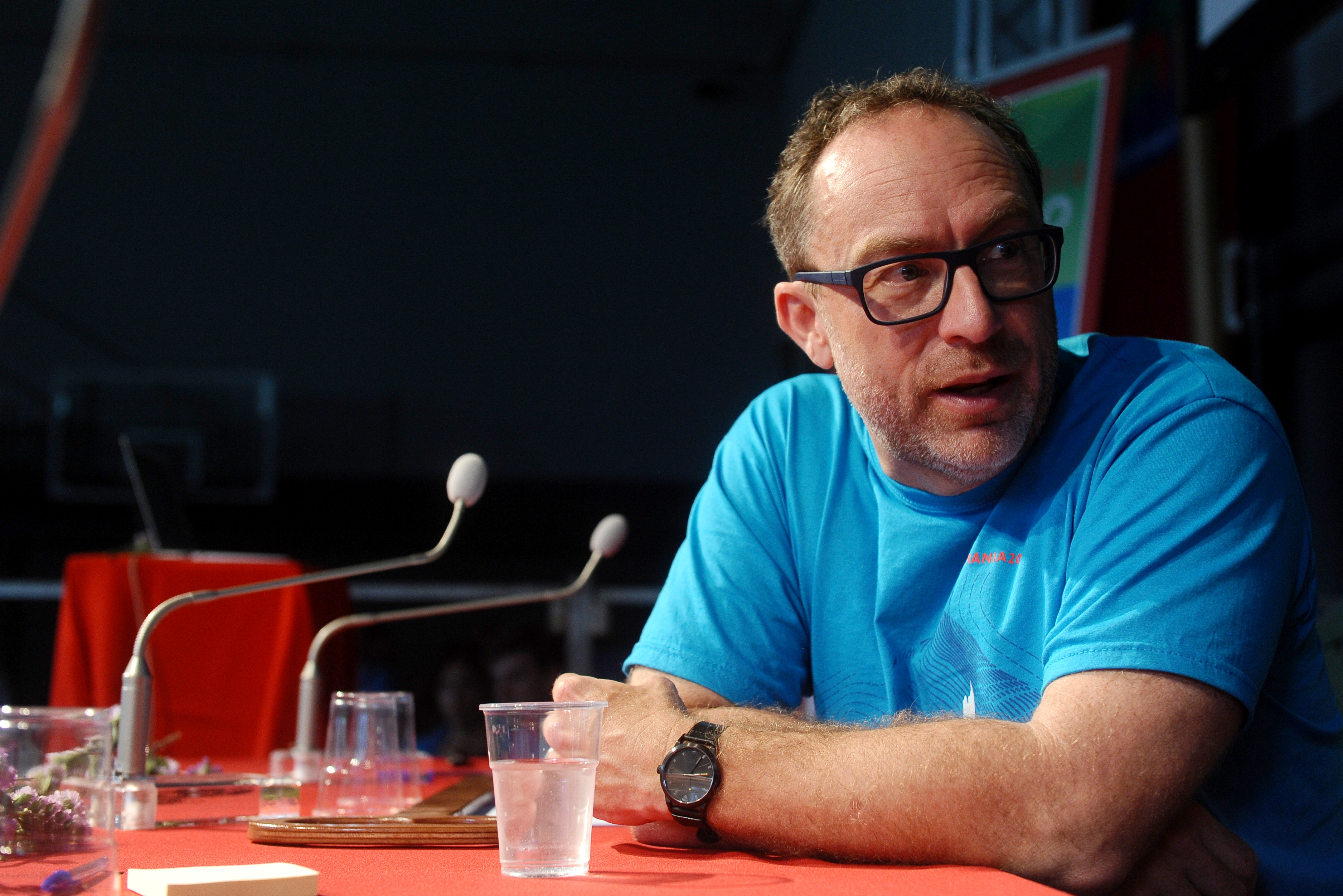 files/images/wikimania_2016_-_press_conference_with_jimmy_wales_and_katherine_maher_04.jpg
